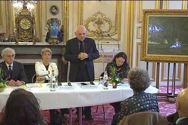 Au sénat, Claude Jeannerot, président du conseil général et sénateur du Doubs, fait le point sur les finances