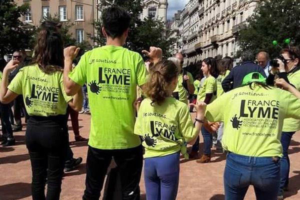 Des militants lors de la Journée Nationale contre la Maladie de Lyme