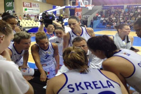La déception des basketteuses de Lattes après leur élimination en demi-finale du championnat de France
