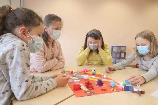 Port du masque obligatoire pour les plus de 6 ans