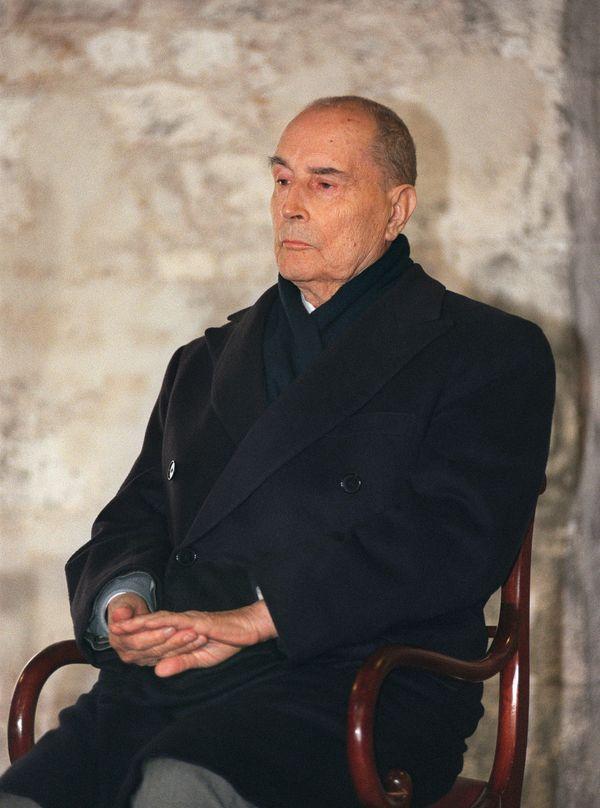 Le 6 mars 199(, François Mitterrand assiste à l'inauguration du musée de l'Orangerie à Jarnac.