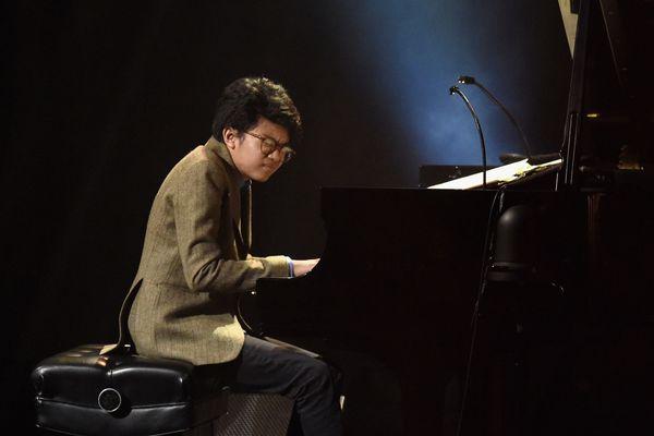 """Joey Alexander, le """"Mozart du jazz"""" a fêté ses 15 ans lundi 25 juin."""