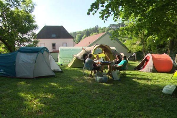 Certains propriétaires accueillent des campeurs pour plusieurs nuits.
