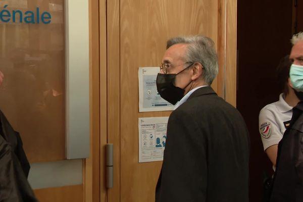 """Philippe Pétel, ex-doyen de la faculté de droit de Montpellier est poursuivi pour """"complicité de violences volontaires en réunion""""."""