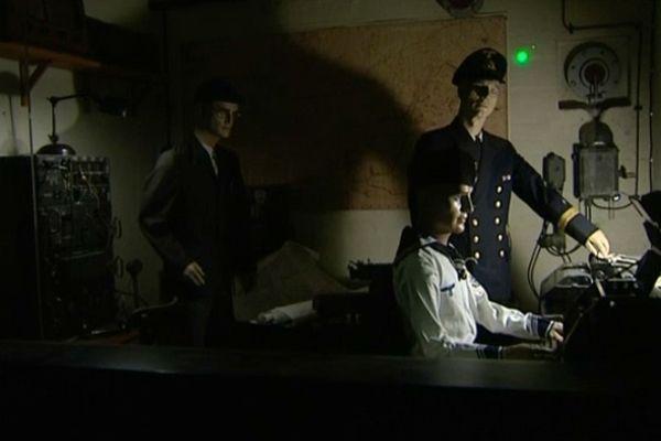 La vie à l'intérieur du bunker reconstituée dans ses moindres détails.