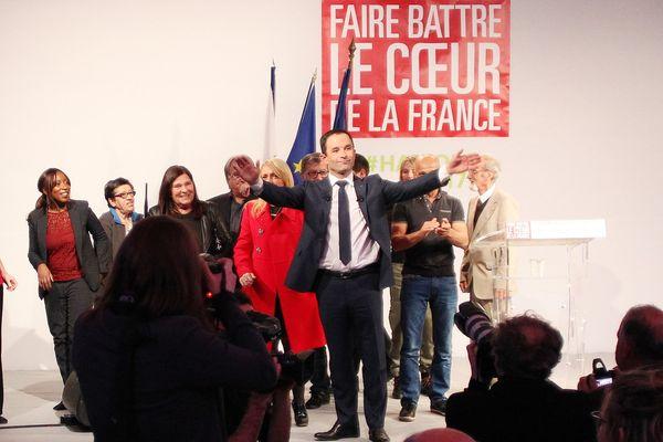06/03/2017 - Benoît Hamon, candidat du Parti socialiste à la présidentielle en meeting à Bastia (Haute-Corse)