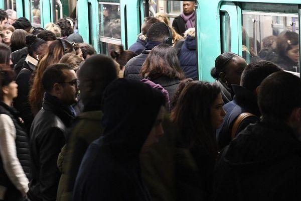 Seules les lignes 2, 5 et 12 seront perturbées ce lundi selon les prévisions de la RATP.