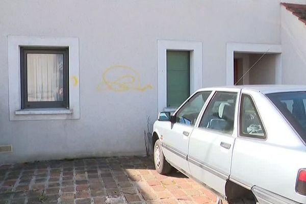 La maison et la voiture d'Eric Drouet endommagées en Seine-et-Marne.