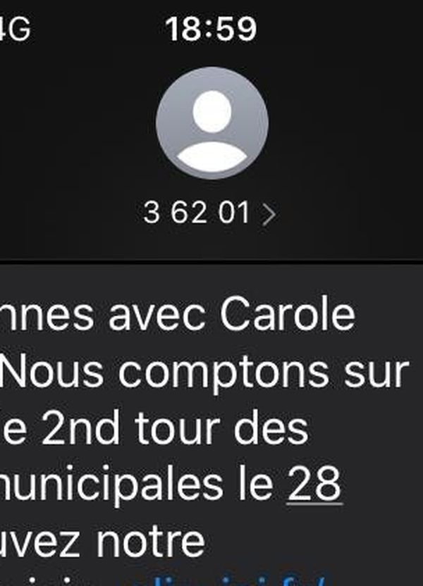 """SMS envoyé par """"Révéler Rennes """" pour Carole Gandon"""