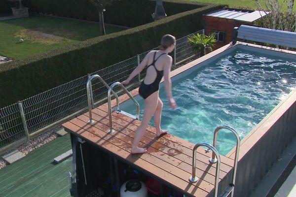 Des conteneurs transformés en piscines, la nouvelle tendance en Normandie.