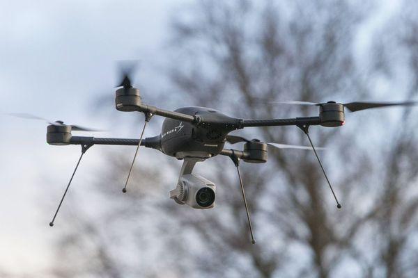 Les drones se vendent de plus en plus en loisir, mais restent soumis à de nombreuses règles.