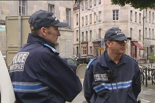 La police municipale de Besançon compte 53 agents.