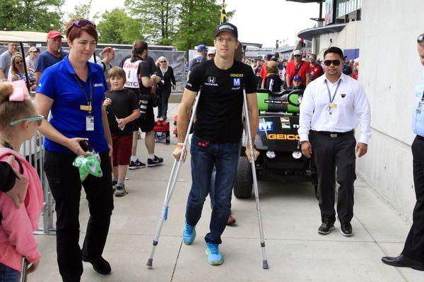 Sébastien Bourdais le 28 mai 2017, à Indianapolis, après son accident.