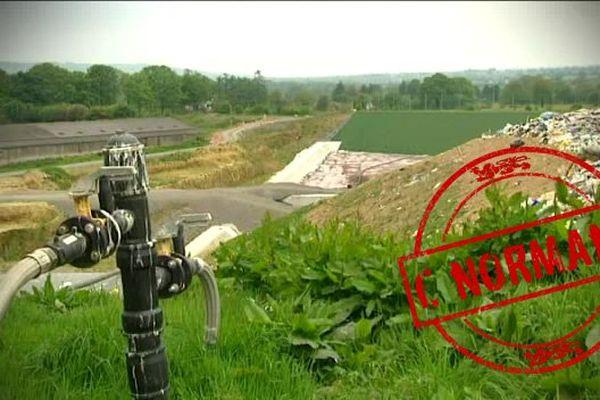 A Cuves, dans le sud-Manche, l'entreprise Champ Jouault transforme le méthane produit par les déchets en électricité et chaleur