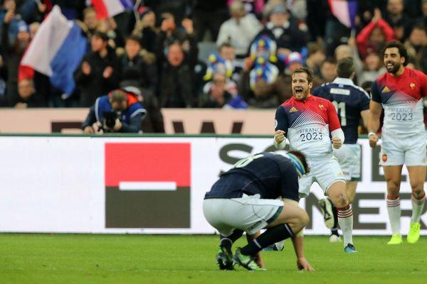 Tournoi des 6 nations : la joie des Français après leur victoire contre l'Écosse le 12 février 2017