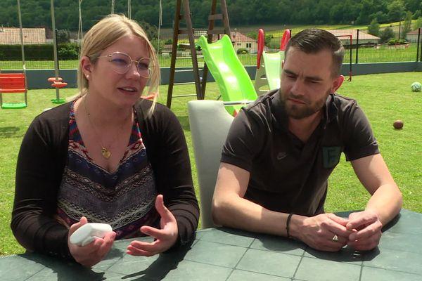 Carine et Julien, en couple depuis seize ans ont trois enfants.