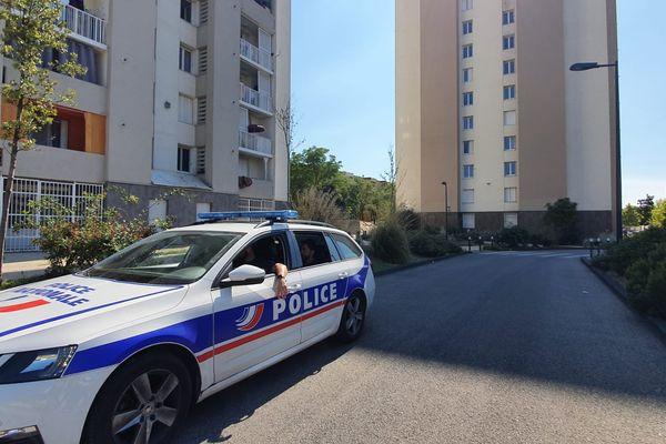 21/09/2021. Nouvelle fusillade à la cité du Docteur-Ayme point noir du trafic de stupéfiants à Cavaillon.