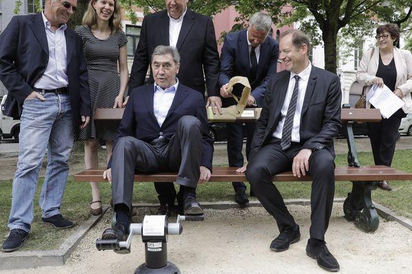 Eddy Merckx et Christian Prudhomme, le patron du Tiur, à Bruxelles ce mardi