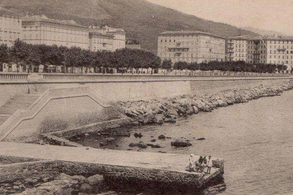 """""""Bastia, embarcadère Carnot"""", extrait photographique de la page d'accueil """"Bastia Tempi Fà"""""""