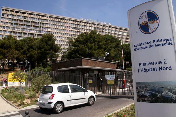 Le gouvernement proposerait 300 millions d'euros contre 800 à 1000 suppressions de postes
