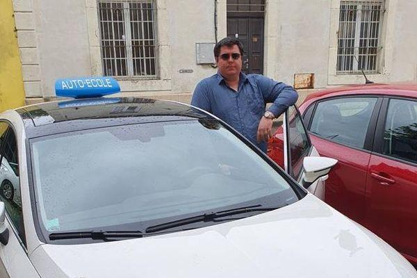 Benjamin Panis, gérant d'auto école à Bessèges (Gard)