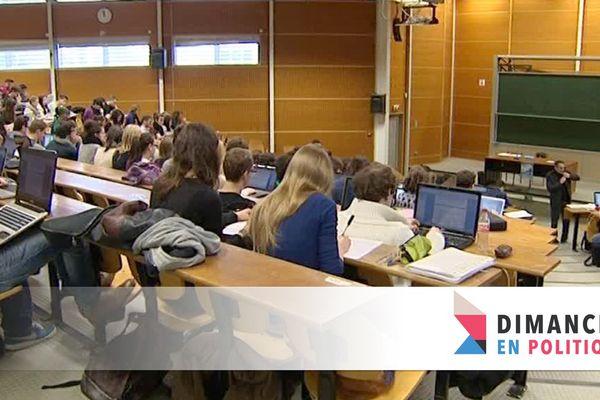 Bancs de la fac à Besançon