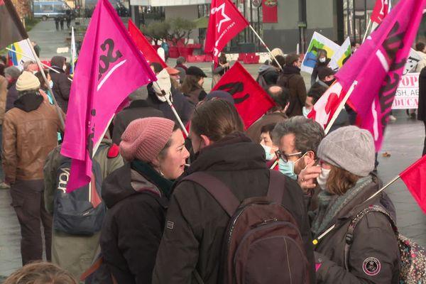Rassemblement à l'appel des syndicats pour l'emploi et les salaires
