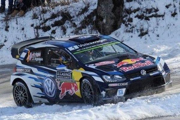 Vendredi midi, Ogier est en tête du Rallye Monte-Carlo.