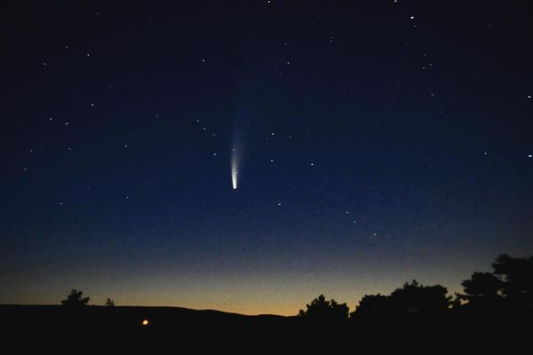 Comète Neowise depuis l'observatoire de Cadenouse, près de Campagnac (Aveyron).