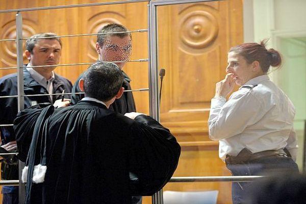 Nîmes - le père de Julien, 26 ans, condamné à la réclusion criminelle à perpétuité - 31 mars 2016.