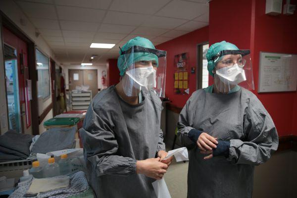 Les cas de contamination à la Covid19 repartent à la hausse en Corse. Selon le dernier bilan de l'Agence Régionale de Santé, publié jeudi 15 juillet, 254 personnes ont été testées positives.