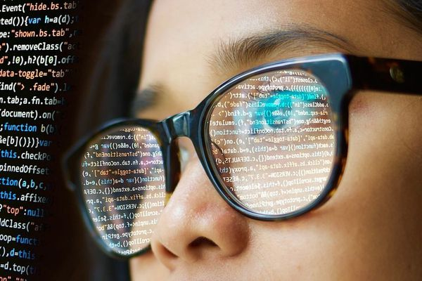 Les secteurs du numérique et de l'informatique ont du mal à attirer les femmes.