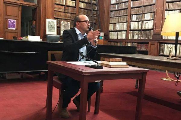 Eugène Gherardi a annulé sa conférence pour la journée des droits de la femme