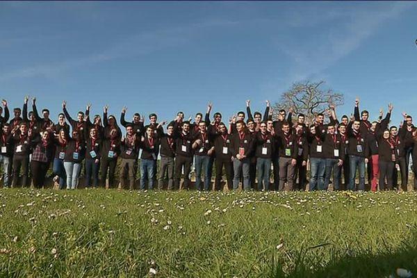 Les 62 jeunes Normands sélectionnés pour les Olympiades des métiers étaient réunis ce mardi aux château de Caen