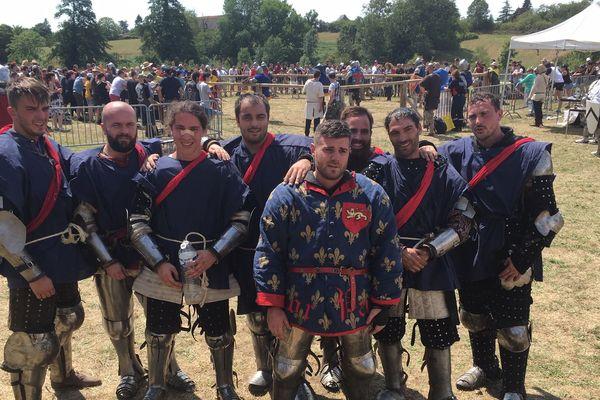 L'équipe des Pardus Bellator, l'une des cinq équipes de Nouvelle Aquitaine .