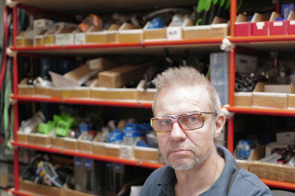"""""""Le problème repose principalement sur l'approvisionnement des pièces détachées"""", dit Patrick Naudin."""