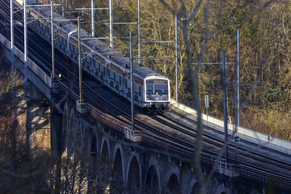 Une panne électrique à Sartrouville créé de fortes perturbations sur l'ensemble du RER A.