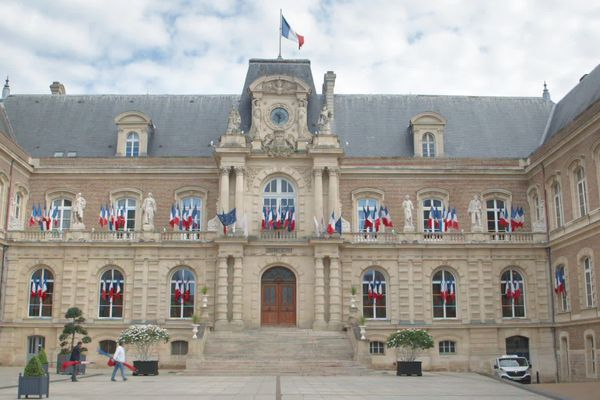 Après une deuxième suspension par la justice de son arrêté instaurant un couvre-feu, la amirie d'Amiens n'en prendra pas d'autres.
