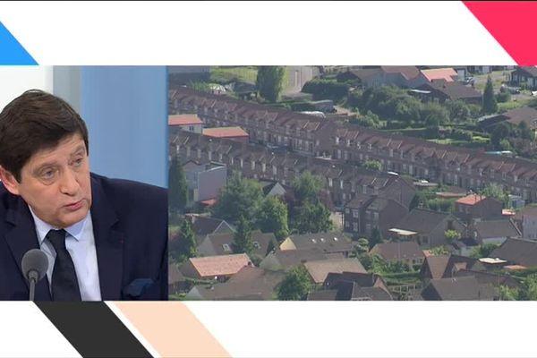 Au micro de France 3 Nord-Pas-de-Calais ce matin, Patrick Kanner a annoncé la suite du plan qui concerne entre autres la rénovation des corons.