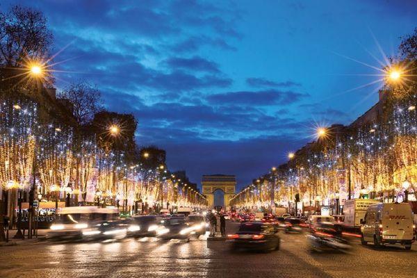 Scintillance : Les Illuminations des Champs-Elysées en 2017