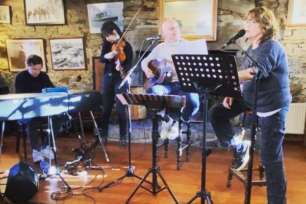 Une session Live pour Abers Road avec Gaëtan Roussel et Jane Birkin au pays des Abers