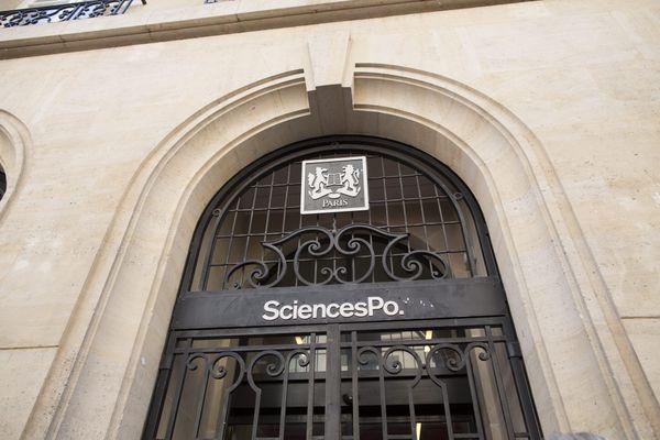 Sciences Po Paris va fermer ses portes pendant 14 jours en raison de plusieurs cas de Covid-19.