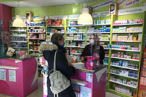 Vaccination : les injections ont déjà commencé dans 20 pharmacies en Bretagne.