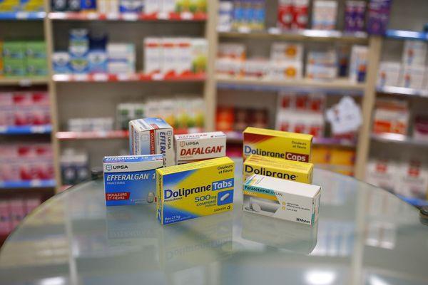 Les médicaments à base de paracétamol ne sont plus accessibles en libre-service dans les pharmacies, à compter de ce mercredi 15 janvier.