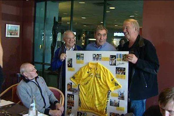 C'est à Riom, dans le Puy-de-Dôme, que le cycliste belge aux 11 grands tours, Eddy Merckx, a fêté ses 70 ans, le 14 novembre 2015.