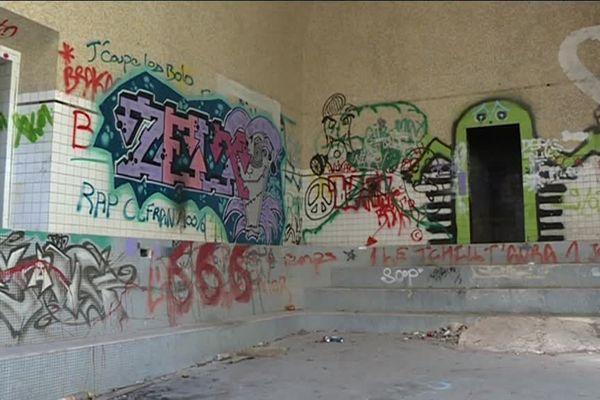 Un projet à Amélie-les-Bains épinglé dans un rapport de la chambre régionale des comptes... qui s'inquiéte d'un projet de réhabilitation et surtout de ses conséquences sur les finances de la commune. La mairie souhaite faire de l'ancien hôpital militaire un centre thermoludique.