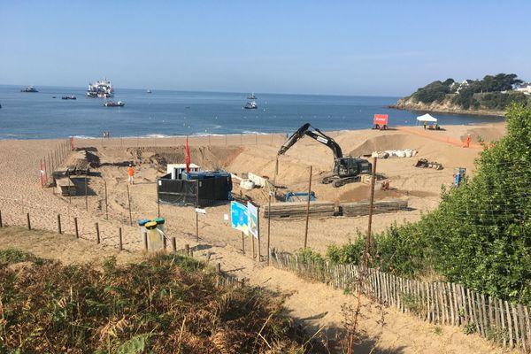 Les travaux de raccordement du câble électrique ont débuté ce dimanche 9 août plage de la Courance à Saint-Nazaire.