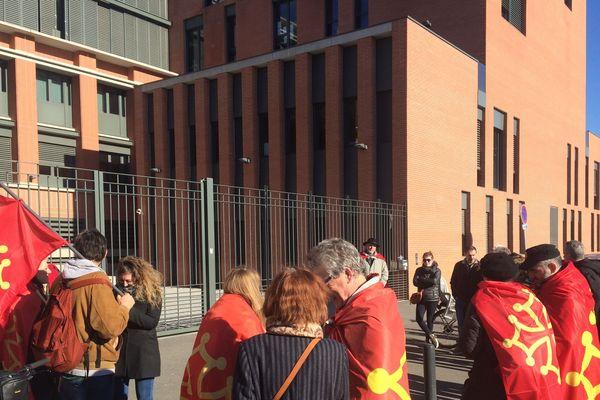 rassemblement devant le rectorat à Toulouse pour la défense de l'enseignement de l'occitan mercredi 13 février 2019