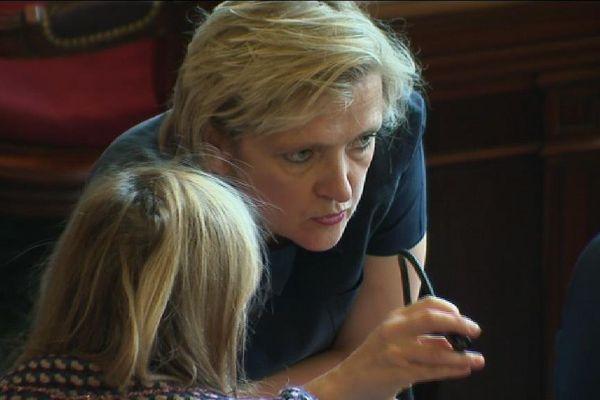 Agée de 55 ans, la maire du Veme arrondissement prend la tête du groupe LR au Conseil de Paris.