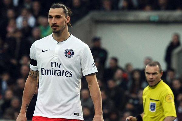 Le joueur du PSG Zlatan Ibrahimovic le dimanche 15 mars, pendant le match entre Bordeaux et le PSG. (NICOLAS TUCAT / AFP)